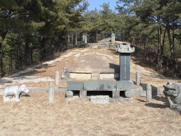 일두 정여창 묘역
